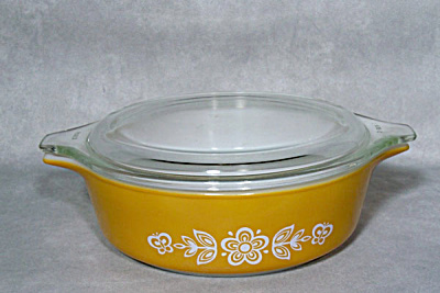 Pyrex 471 Butterfly Gold Covered Casserole