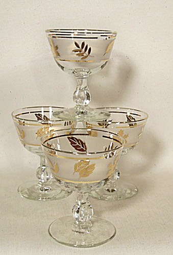 set 4 Libbey gold leaves cocktail goblets (Image1)