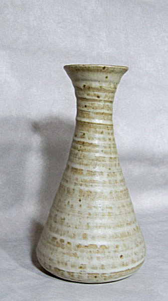 Georges Scatchard early 8.5 inch tall vase (Image1)