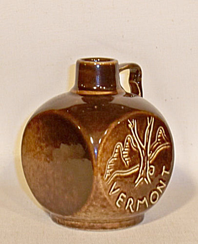 Ballard chocolate brown maple syrup jug (Image1)