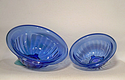 2 Hazel Atlas Blue Pillar Optic Rib bowls (Image1)
