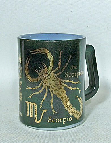 Federal Glass Scorpio Zodiac mug (Image1)