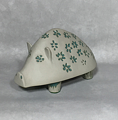 Bennington Potters David Gil #1541 Pig bank (Image1)