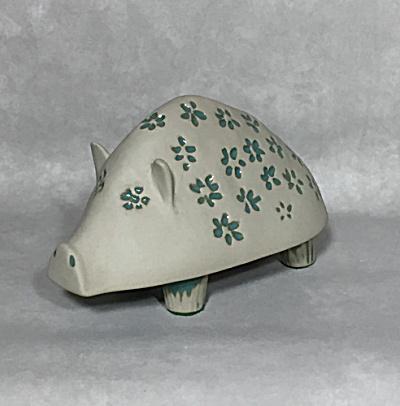 Bennington Potters David Gil #1541 Pig bank (Image1)