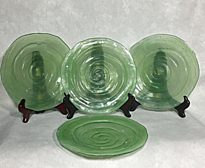 set 4 Consolidated 1927-1932 Catalonian jade #1112 8 inch salad plates (Image1)