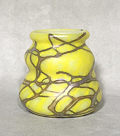 Carl Radke 2015 yellow on opal vines TP (Image1)