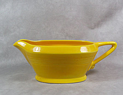Homer Laughlin Harlequin yellow gravy boat (Image1)