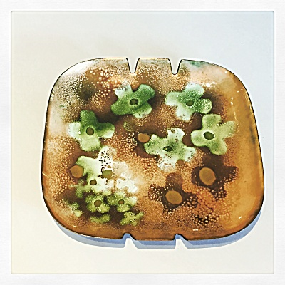 Bovano midcentury Green Flowers mod  ashtray (Image1)