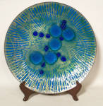 Click here to enlarge image and see more about item 6002: Annemarie Davidson 11 inch Grooveline plate