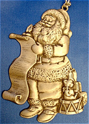 Santa Ornament by Avon (Image1)