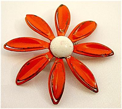Vintage Orange Enamelled Daisy Pin (Image1)