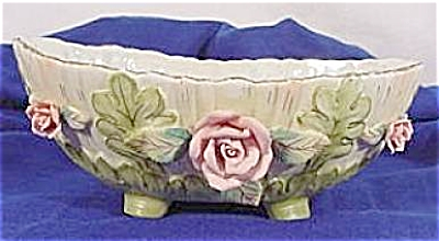 Lefton Bisque Decorated Bowl w/Pink Roses (Image1)