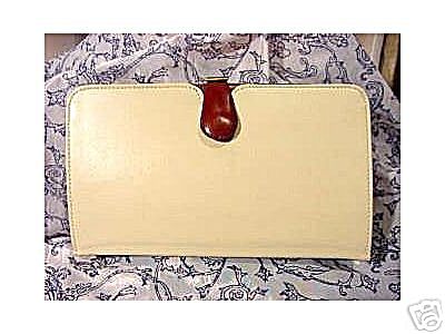 Vintage 2-in-1 Clutch Purse (Image1)
