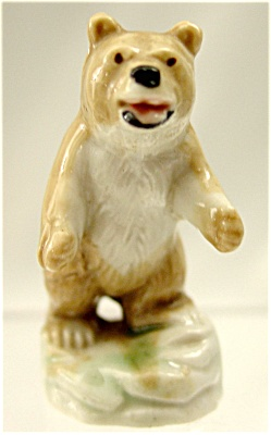 Vintage Wade Grizzly Bear (Image1)