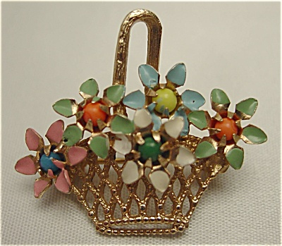 Adorable Basket of Flowers Brooch (Image1)