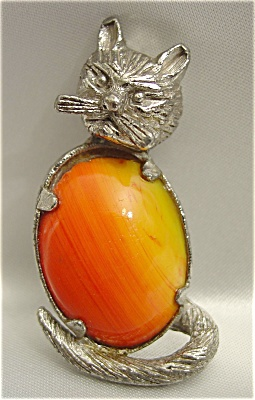 Vintage Pewter Cat Pin with Orange Agate Belly Stone (Image1)