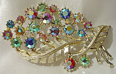 Hollywood's Double Sweeping Leaf Brooch with Rhinestones (Image1)
