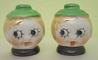 Adorable Vintage Ladies' Heads Salt & Pepper Shakers