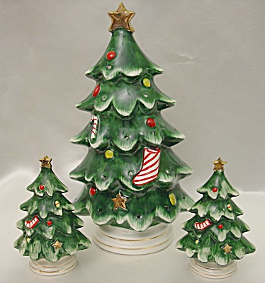 Vintage Lefton's Christmas Tree Trio Kitchen Set (Image1)