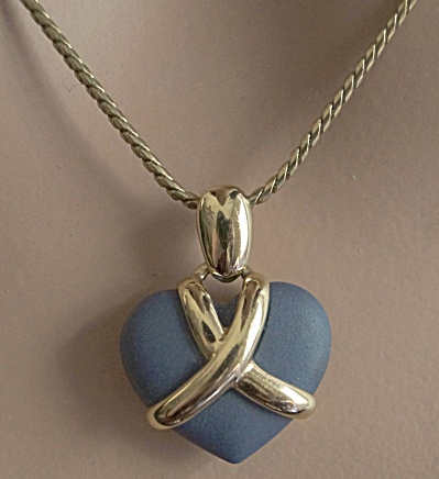 1960s Chelsea Blue Wedgwood Pendant Necklace