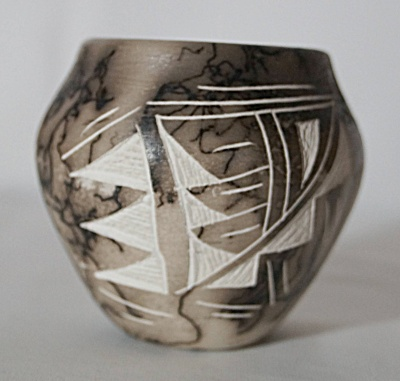 Miniature New Mexico Navajo Horsehair Etched Clay Pot