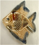 Click here to enlarge image and see more about item 067: Wade Angel Fish Aqua Dish Pintray/Ashtray