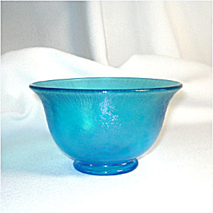 Fenton Celeste Blue Stretch Glass Mayonnaise Bowl (Image1)
