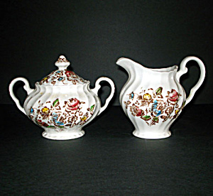 Johnson Brothers Staffordshire Bouquet Creamer and Sugar Set (Image1)