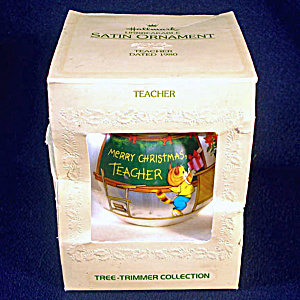 Hallmark 1980 Teacher Christmas Ornament (Image1)