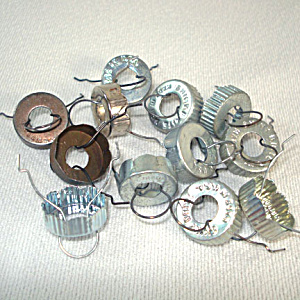 12 USA Replacement Metal Caps For Glass Christmas Ornaments (Image1)