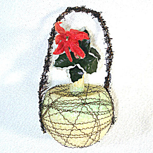 Poinsettia Victorian Wire Wrapped Glass Christmas Ornament (Image1)