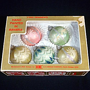 Box West German Glittered Pastel Christmas Ornaments (Image1)