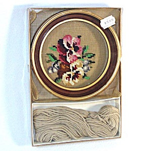 Pansies Boxed Round Framed Needlepoint Kit (Image1)