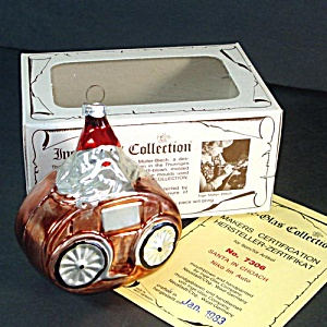 Inge Santa in Coach 1983 Glass Christmas Ornament in Box (Image1)