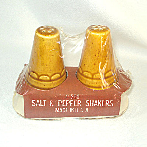 Homer Laughlin Golden Harvest Salt Pepper Shakers Mint In Box