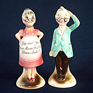Comical Elderly Pregnant Couple Ceramic Salt Pepper Shakers