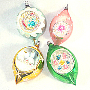 4 West Germany Pastels Indent Glass Christmas Ornaments (Image1)
