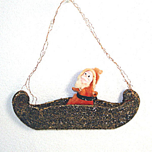Cotton Batting Santa Claus in Mica Canoe Christmas Ornament (Image1)