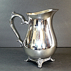 Wm Rogers Silverplate 9 Inch Water Pitcher