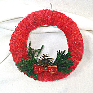 1950s Red Brush Chenille Christmas Wreath (Image1)