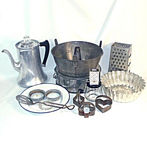 Antique Vintage Kitchen Metalware Lot Coffee Pot, Pans, Utensils