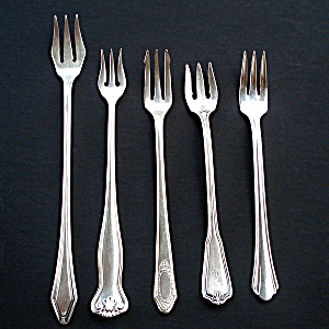 Mixed Lot 5 Silverplated Olive Pickle Cocktail Forks (Image1)