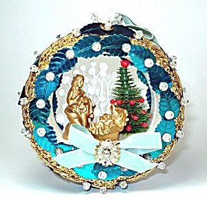 Pin Beaded Sequined Nativity Scene Diorama Christmas Ornament