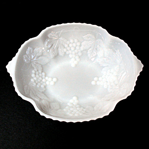 Anchor Hocking Vintage Grape Milk Glass Serving Bowl