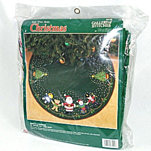 Bucilla Santa And Friends Beaded Stitchery Christmas Tree Skirt Kit Unused