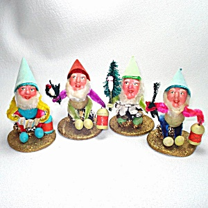 4 Composition Pinecone Chenille Christmas Gnome Dwarf Figures