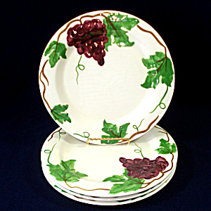 1930s Pacific Pottery Grapes Dinner Plates Set Of 4