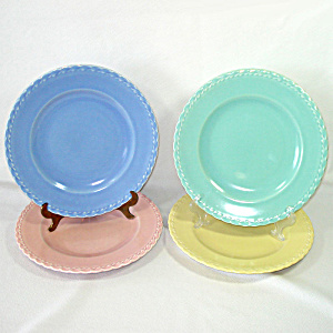 Set 4 Vernon Kilns Native California Pastel Dinner Plates