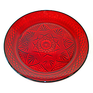Durand Antique Pattern Ruby Glass Dinner Plates, 5 Available (Image1)