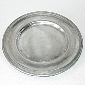 Wilton Pewter Armetale Plough Tavern Dinner Plates, 4 Available (Image1)